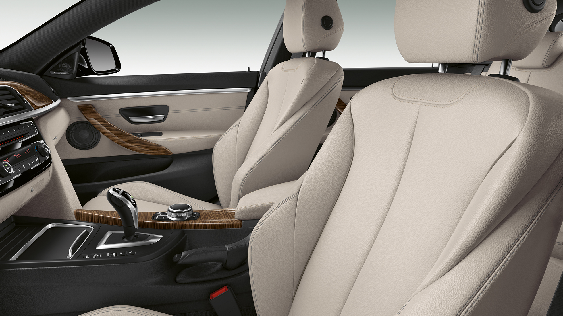 BMW 4 Series Gran Coupé, Model Luxury Line interior