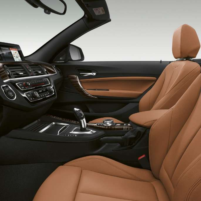 BMW Serie 2 Convertible, interior del Modelo Luxury Line